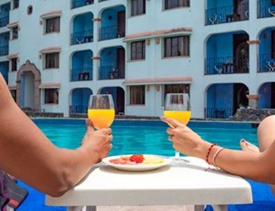 1280x800_alberca_hotel